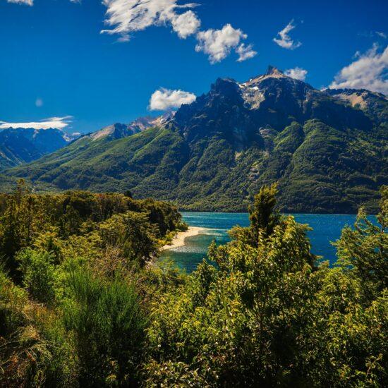 Argentina-Bariloche-Rio-Negro-El-Bolson