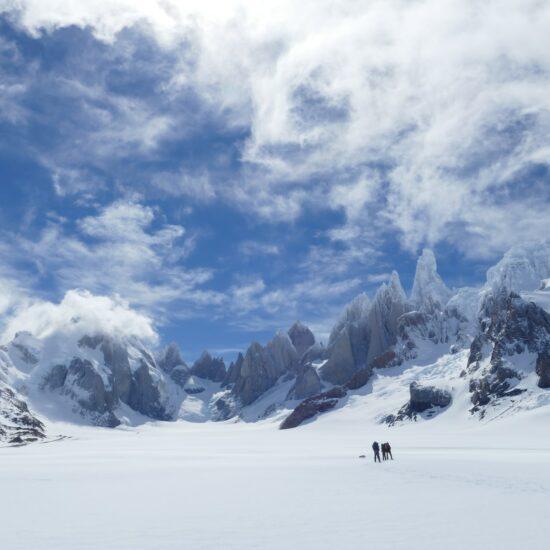 Argentina-Patagonia-El-Chalten-Snow-Mountains