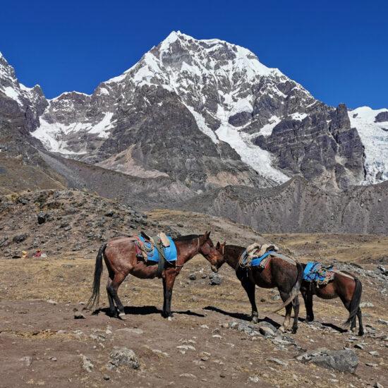 Ausangate-7-Lagoon-Peru-Travel-4