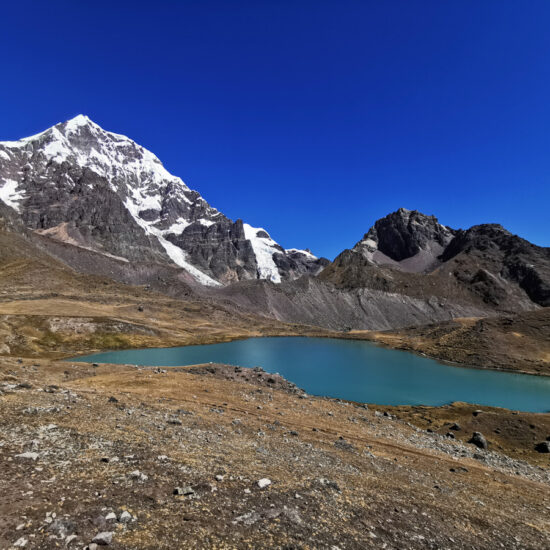 Ausangate-7-Lagoon-Peru-Travel-9
