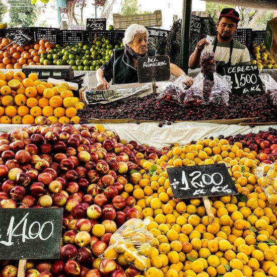 Chile-Santiago-de-Chile-Mercado-Frutas