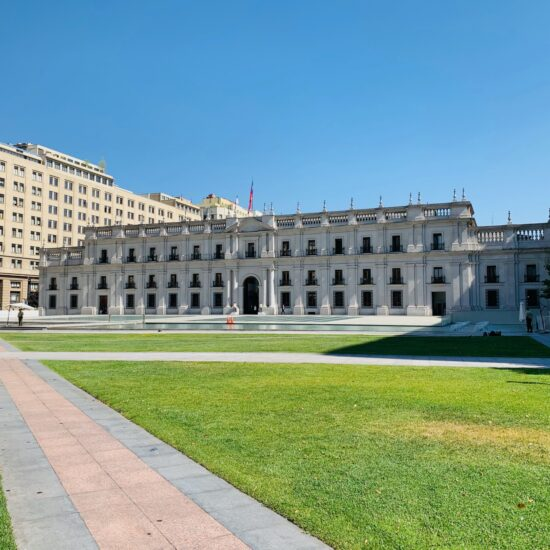Chile-Santiago-de-Chile-Palacio-de-Moneda